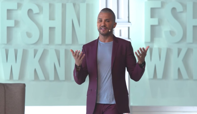 Jay Manuel: Discover You – In a World of Social Media and Noise
